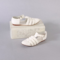 90s WHITE ALLIGATOR Leather SANDALS / 1990s Cut-Out Ankle Strap T-Strap Flats 8