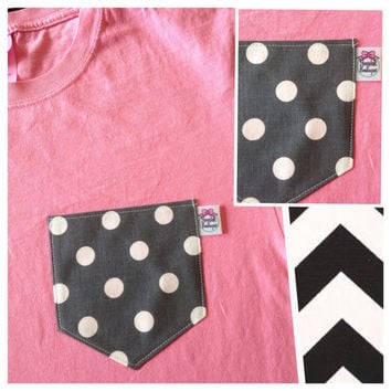 Premium Pocket Tee-Gray Dots