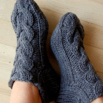 Knitted wool slippers, Hand knit wool socks, Hand knit slippers, Knitted Wool Socks, knitted wool slippers, Wool socks for women