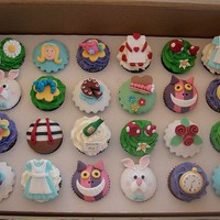 Disney Alice in Wonderland Cupcakes « The Cupcake Blog