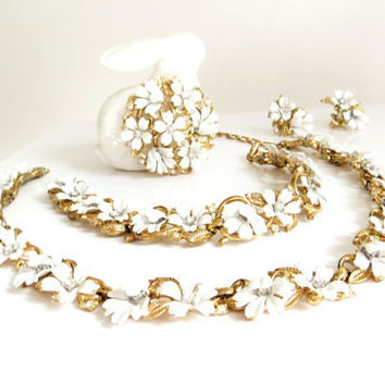 Vintage Crown Trifari Enamel Flower Rhinestones Set, Floral Choker, Earrings, Brooch, Bracelet, Grand Full Parure, White