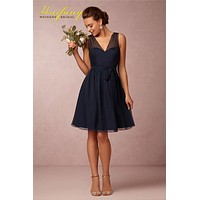 2017 Short Navy Blue Bridesmaid Dresses with Removable Sash V Neck Low Back Beach Wedding Party Dresses Maid of Honor Dresses