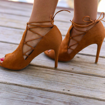 Rustic Royalty Whisky Heels