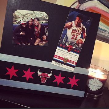 Chicago Bulls Hand Painted Frame, Chicago Flag Art, Picture Frame Ticket, Basketball Fan Gift, Mancave Gift
