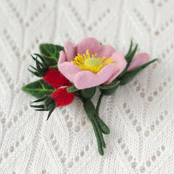 Felt Flower Brooch Wild Rose / pink red flowers berries brooches pins / Mothers day gifts / gift ideas for woman for Her / felted jewellery