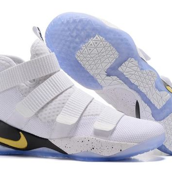 "Nike  LeBron James  Soldier 11 Ⅺ"" Ice and Fire "" Basketball Shoe"