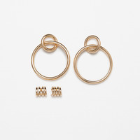 PACK OF HOOP EARRINGS AND MINI EARCUFF DETAILS