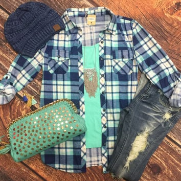 Penny Plaid Flannel Top: Mint/Navy