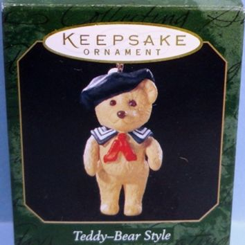 1999 Teddy Bear Style Hallmark Retired Series Miniature Ornament