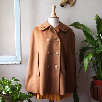 Vintage 60s Camel Wool Cape Coat w/Round Collar w/cut-outs SIZE S/M