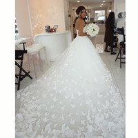 Sexy Sweetheart A Line Princess Wedding Gowns 2016 Butterfly Wedding Dress With Big Train