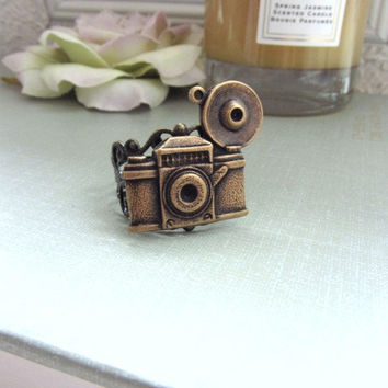 The Photographer Ring.  An Oxidized Brass Camera Antiqued Filigree Adjustable Ring. Photo Photography. Traveller. Camera Ring.