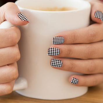 Black White Houndstooth Minx Nail Art