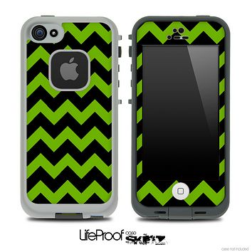 Green and Black V2 Chevron Pattern Skin for the iPhone 5 or 4/4s LifeProof Case