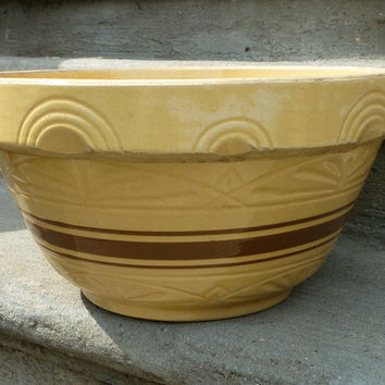 Vintage Stoneware Mixing Bowl - Cafe Bakery
