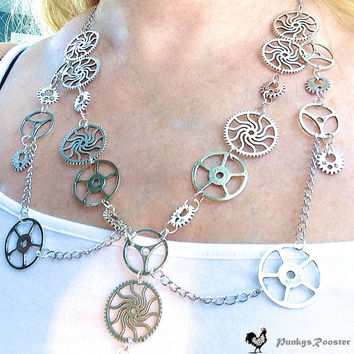 Steampunk Necklace Silver Color Metal, Cogs Gears Wheels,Steampunk Bride, Goth, Alternative Wedding, Metal Head, Zombie Killer