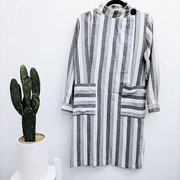 1980s Cotton Striped Dress Gray Vertical Striped Dress Patch Pockets High Neck Knee Length Tunic Dress Work Long Sleeve New Wave Dress M/L