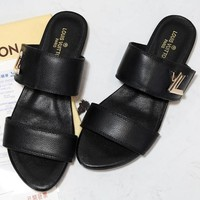 LOUIS VUITTON LV black Leisure time Slipper