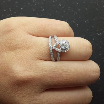 Best Pear Shaped Diamond Engagement Rings Products on Wanelo