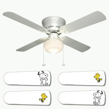 "Snoopy and Woodstock 42"" Ceiling Fan and Lamp"