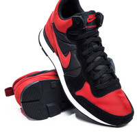Nike Internationalist Mid Varisty Red Sneaker