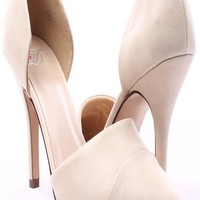 NUDE FAUX LEATHER POINTED TOE SINGLE SOLE HEELS