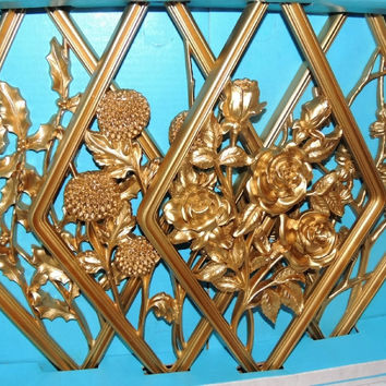 Gold Flower Wall Plaques Vintage Set of 4 Syroco Style