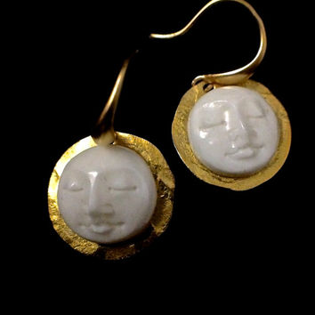 Harvest moon earring, Zen, carved bone, ivory, cabochon, drop earring, minimalist earring, gilded moon earring, moon face earring