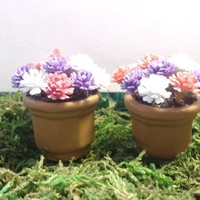 Set of 2 miniature fairy garden flower pots. Pink, purple, and white.