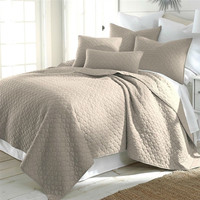 Full / Queen size Quilt Set with 2 Shams in Taupe