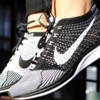 Woman's Black & White Nike Fly Knit Running Shoes 🔥🔥 Final Sale
