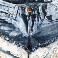The Daisy Short