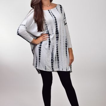 Fantastic Fawn Black and White Printed Tunic