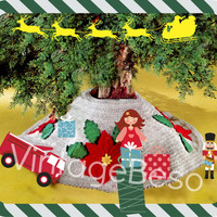 Instant Download PDF 1970s Vintage Christmas Tree Skirt CROCHET Pattern with big gorgeous Poinsettias and Leaves