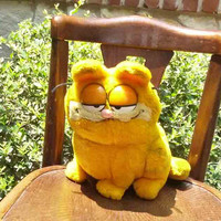 Vintage Garfield Plush Stuffed Animal  - Take me home - feed me