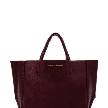 AMPERSAND AS APOSTROPHE Buffalo Half Tote in Burgundy