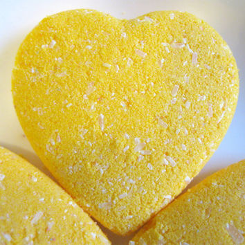 12 Mini Vegan Bath Bombs Lemon Zest by SerisSoaps on Etsy