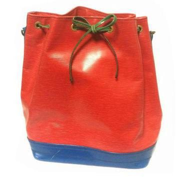 PEAPYD9 Vintage Louis Vuitton red, blue, and green, epi bucket hobo GM noe shoulder bag. Class