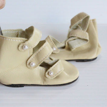 """CREAM HIGH BOOTS, 3.25"""" boots, ivory colored boots, leather like boots, 3 Strap with """"Pearl"""" Buttons boots, shoe Supply, doll making supply"""