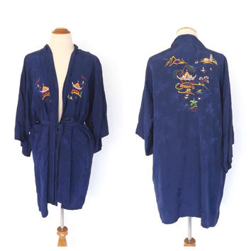 Vintage 1960s Short Blue Robe Embroidered Chinese Silky Damask Robe Lingerie Pin Up Girl Boudoir Kimono Robe 1960s Longevity Hangzhou Robe