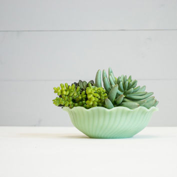 Fire King Jadeite - Ruffle Top Bulb Bowl - Jadite Bowl - Anchor Hocking - Ruffle Edge - Mint Green - Paperwhite Planter