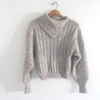 vintage oatmeal sweater. pullover sweater / women's size S