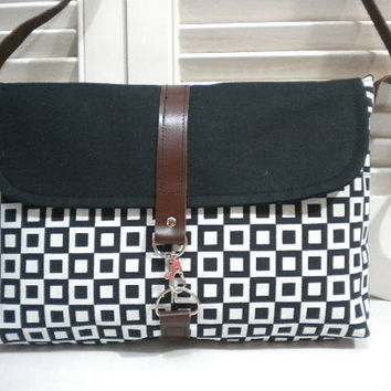 Colour my Bag SeriesBlack & White CanvasMaycas by maycascollection