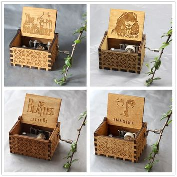Star Wars Force Episode 1 2 3 4 5 Antique Carved Wood   Game of Thrones Music Box Hand Crank Theme Music Welcome to sell friends cooperation AT_72_6