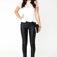 Light Ray Peplum Top