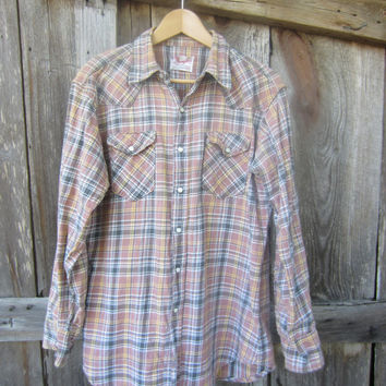 70s Distressed Wrangler Plaid Flannel Western Shirt, M-L // Mens Vintage Country Western Shirt // Winter Cowboy Shirt
