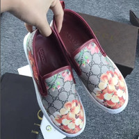 Gucci: FLOWERS DESIGN LOAFER SHOES FLAT CASUAL SHOES