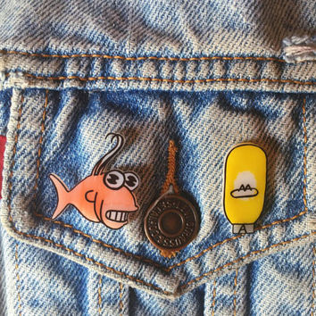 there's your answer fish bulb // Mr Sparkle Simpsons Homer Fishbulb Lapel Pin Two Badge Best Friend Set