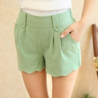 Lisa simple shorts
