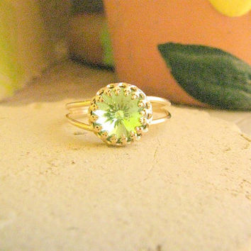 CHRISTMAS SALE - Peridot ring - Peridot ring gold, Vintage Peridot ring, Peridot cocktail ring, Vintage ring, bridesmaids ring